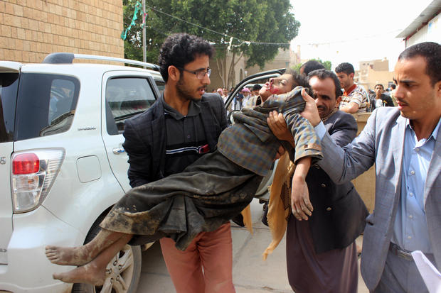yemen airstrike hits bus of kids